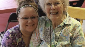 How Can Family Help Seniors Adjust to Assisted Living?