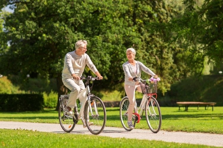 Safe Ways for Seniors To Stay Fit and Active